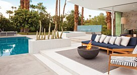 Urth Fire Pit - In-Situ Image by